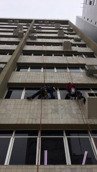 Empresa de limpeza de fachada